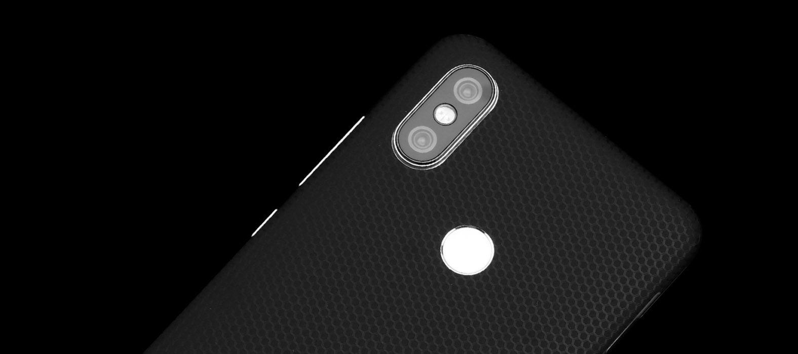 Xiaomi Redmi 6 Pro Black Matrix Skins