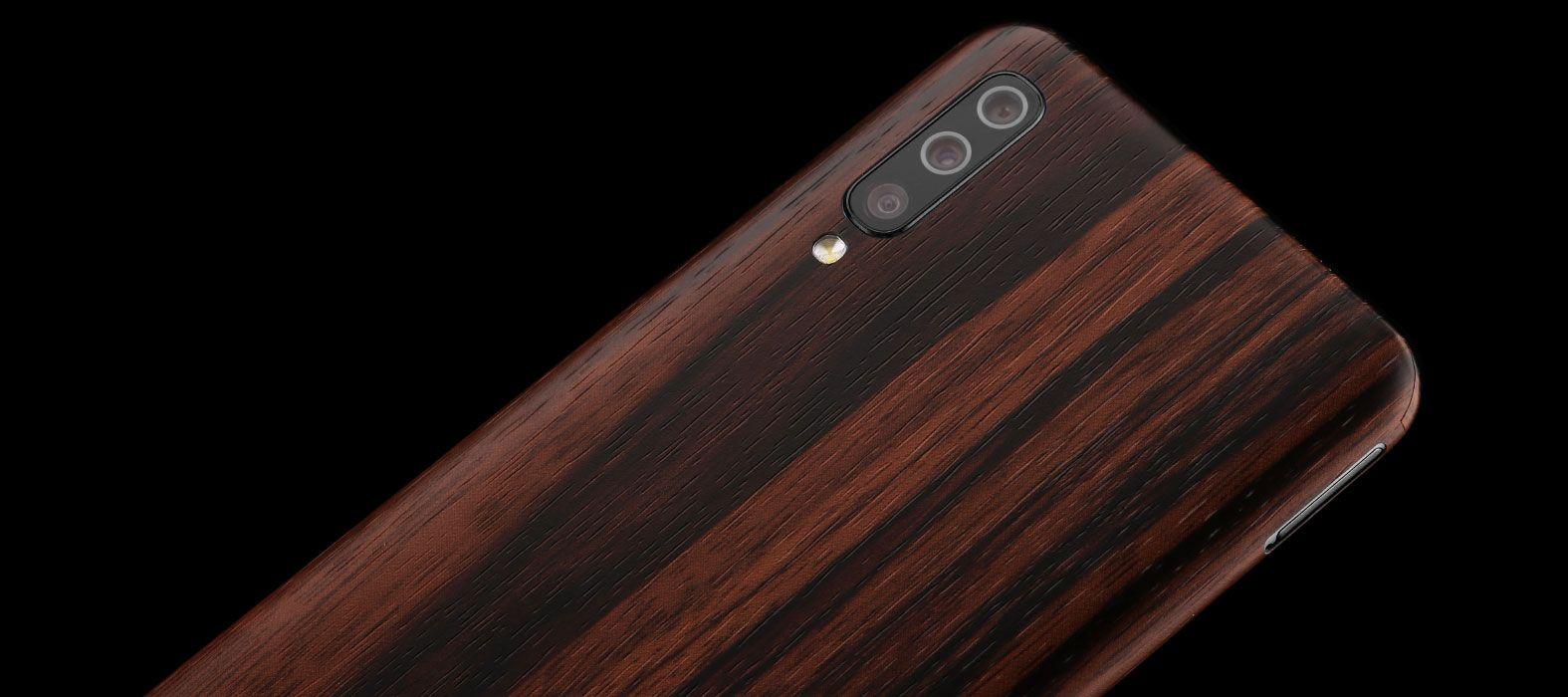 Samsung_Galaxy_A50_Ebony_Wood_Skins