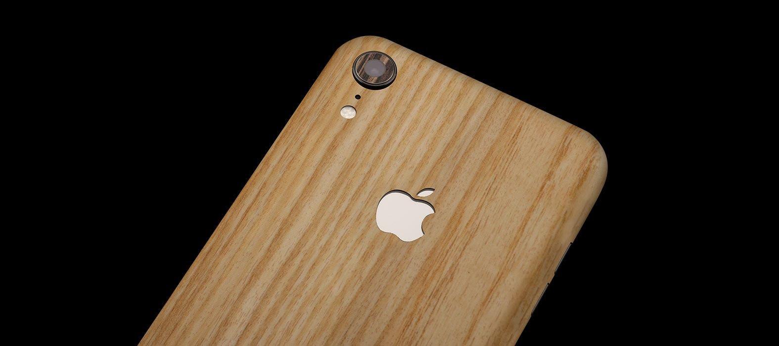 iPhone-XR_Bamboo-Wood_Skins