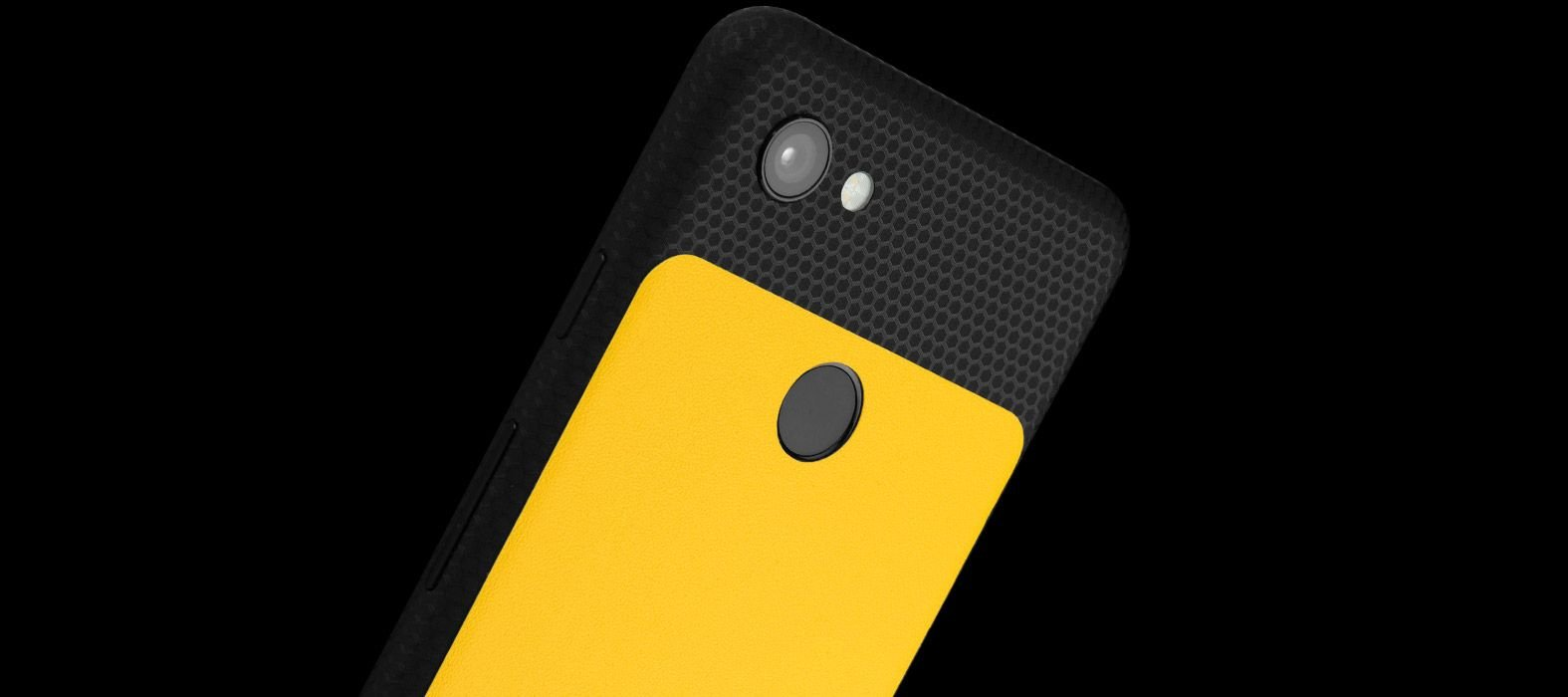 Pixel-3A_Black-Matrix-With-Yellow-sandstone_Skins