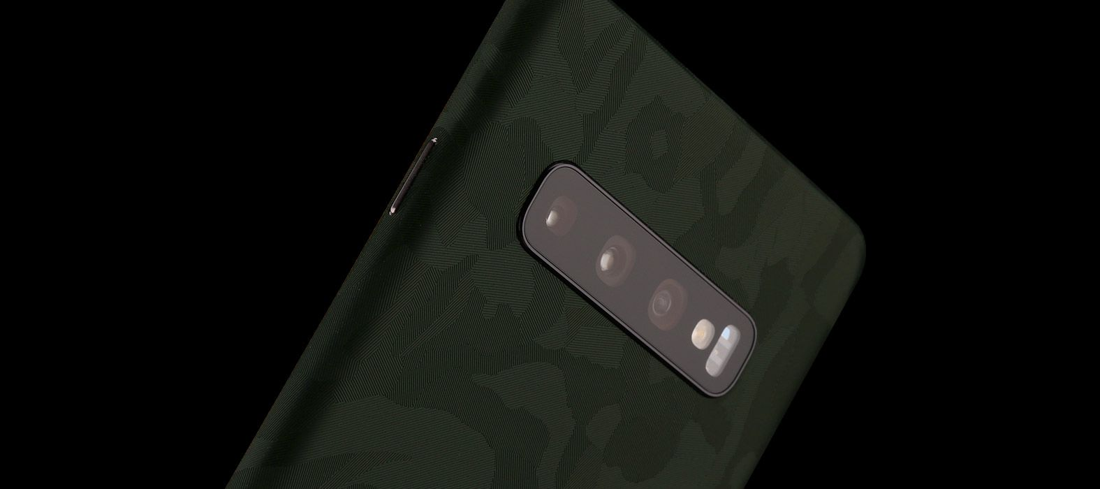 Galaxy S10 Plus Green Camo Skins