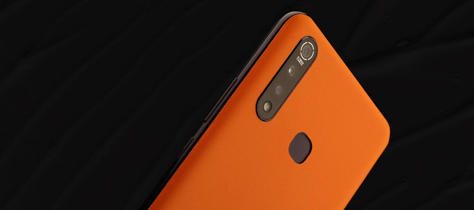 Vivo Z1 Pro Sandstone Orange Skins