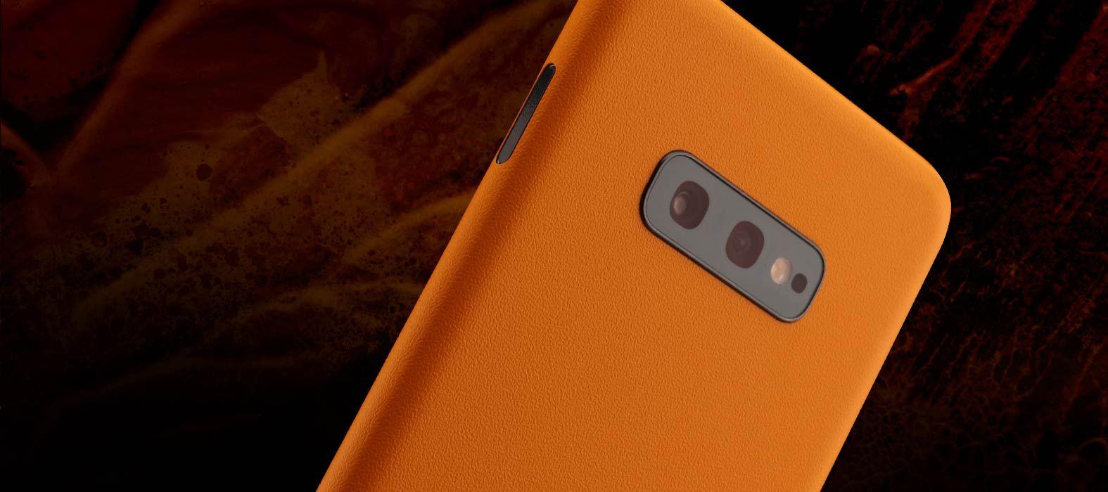 Galaxy S10e Sandstone orange skins