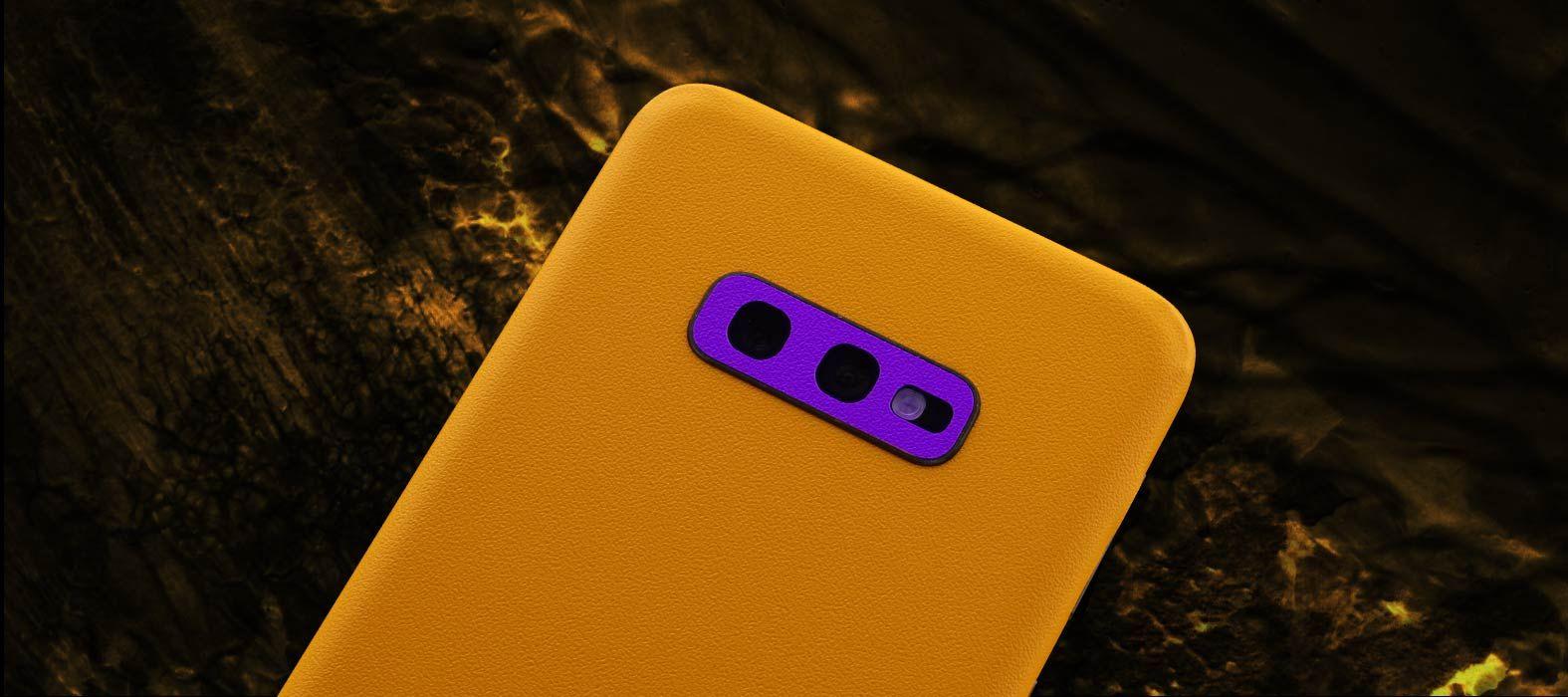 Galaxy S10e Sandstone yellow skins